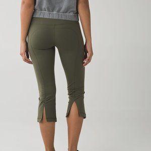 Lululemon Gather & Crow Crop II Fatigue Green Pant